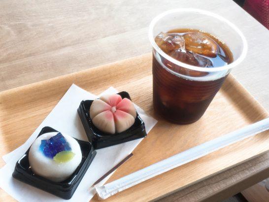 和菓子とコーヒー
